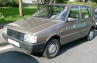 Fiat Uno - A first generation five-door Uno