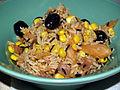 Flickr - cyclonebill - Rissalat med røget laks, majs, chili og sorte oliven.jpg