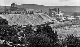 Sussex County, New Jersey - The Franklin Furnace mines and processing plant of the New Jersey Zinc Company in Franklin Borough (circa 1890–1901). Zinc mining brought thousands of Irish, South American, and Eastern European immigrants to Sussex County in the late 19th and early 20th centuries.
