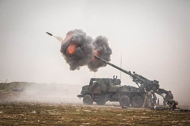 640px-French_Caesar_self-propelled_howit