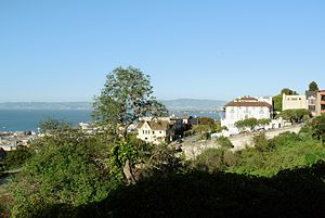 Russian Hill, San Francisco - View from Russian Hill (Larkin Street) towards east