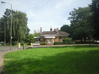 Furzedown - Image: Furzedown Lodge on Tooting Graveney Common geograph.org.uk 2052996