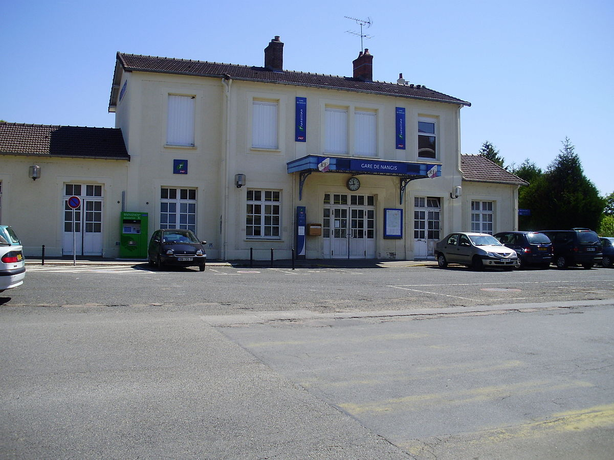 Gare de nangis wikip dia for Piscine de nangis