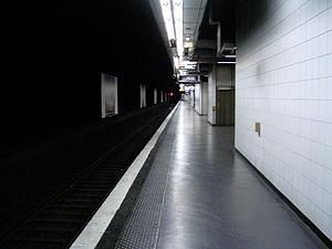Nanterre-Préfecture Station - Image: Gare nanterre prefecture quai boissy