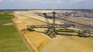 Garzweiler surface mine Bucket-wheel excavator 2019 1.jpg