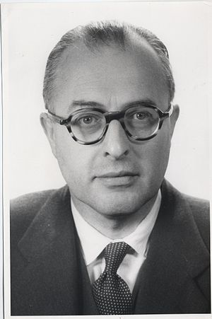 Geoffrey Dummer - Photograph of Geoffrey Dummer, September 1955