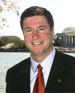 George Allen (American politician) 67th Governor of Viginia (1994–1998), U.S. Senator (2001–2007)