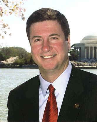 George Allen (American politician) - Image: George Allen official portrait
