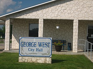 George West, Texas - City Hall in George West