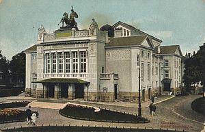 Theater Gießen - Das Stadttheater 1912 mit Quadriga