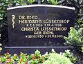Grabstein Hermann Lüssenhop (1926-1988).jpg