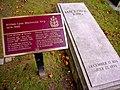 Grave of William Lyon Mackenzie King.jpg