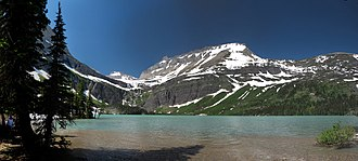 Mount Grinnell - Image: Grinnell Lake Mount Grinnell s 01