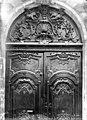 Hôtel Chenizot (ancien archevêché de Paris) - Porte, Détail des boiseries - Paris 04 - Médiathèque de l'architecture et du patrimoine - APMH00004691.jpg
