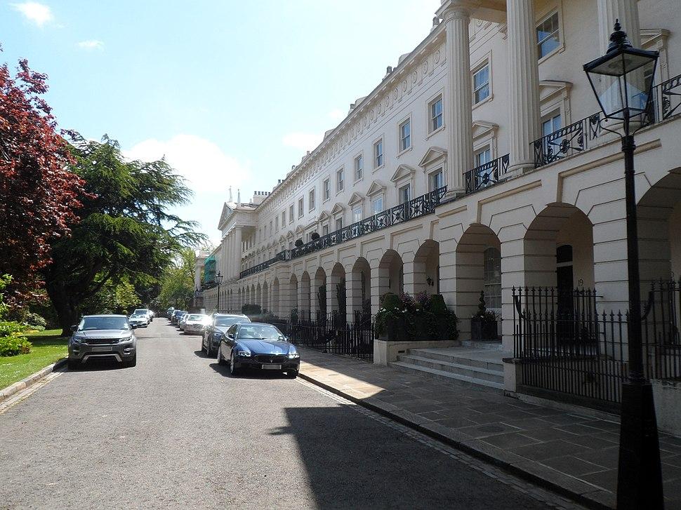 H.G. WELLS - 13 Hanover Terrace Regent%27s Park London NW1 4JR est