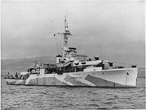 HMS Amethyst WWII IWM A 30156.jpg