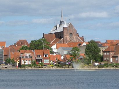 How to get to Haderslev with public transit - About the place