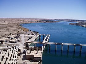 Haditha Dam and river.jpg