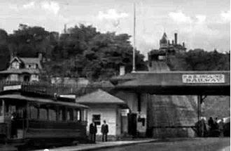 Hamilton Street Railway - Streetcars of the Hamilton Street Railway rode a funicular across the Niagara Escarpment.