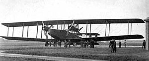 Bracing (aeronautics) - Handley Page V/1500 multi-bay biplane