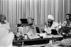 Harbhajan Singh Khalsa - With A.C. Bhaktivedanta Swami Prabhupada and Sushil Kumar (Jain monk), San Francisco 1975