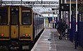 Harringay railway station MMB 02 313028 313053.jpg