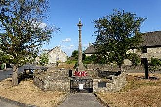 Hawkesbury Upton - Image: Hawkesbury Upton War Memorial
