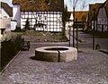 Heinz-Günter Prager und Manfred Sundermann, Kump in Nieheim, Langestrasse (1987), Umfeld.jpg