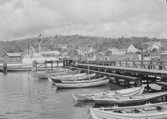 Larvik - Helgeroa Harbor in 1953.