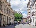 Hermès donnant sa bénédiction au commerces de la rue (32782332657).jpg