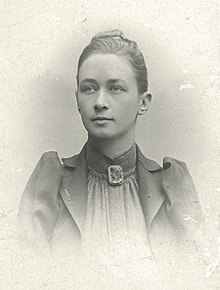 Hilma af Klint, portrait photograph published in 1901.jpg
