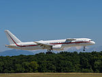 Honeywell International, Boeing 757-225, N757HW (20122303978).jpg