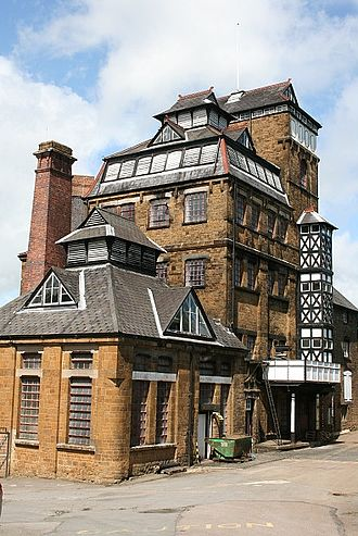 Hook Norton Brewery - Image: Hook Norton Brewery
