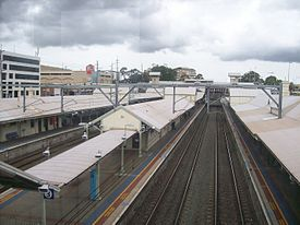 Hornsby railway station platforms from footbridge.jpg