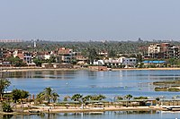 Ismailia and Timsah lake - panoramio.jpg