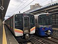 JR東日本E129系&えちごトキめき鉄道ET122形.jpg