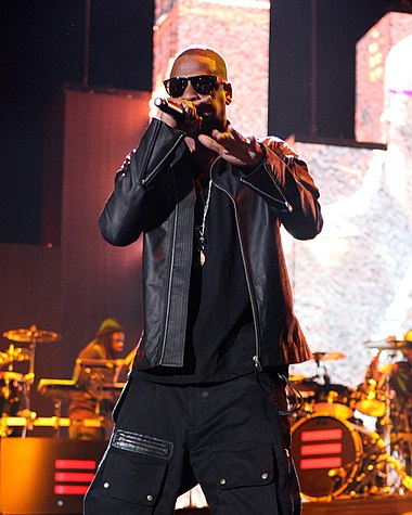 Jay-Z performing at the Coachella Valley Music and Arts Festival in April 2010. Jay-zlivein2010.jpg
