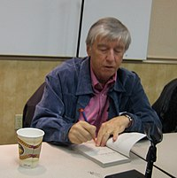 Jerry Spinelli (signing a book).jpg