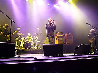Indie rock - The Jesus and Mary Chain performing in California in 2007