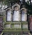 Juedischer Friedhof Mannheim 41 Lion fcm.jpg