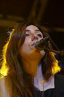 Julia Holter und Band (Haldern Pop 2013) IMGP2505 smial wp.jpg