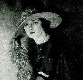 Julia Hoyt (1897-1955), Actress; former wife of Lydig Hoyt, and later wife of Louis Calhern