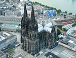 Kölner-Dom-004-(Flight over Cologne)-2010-a.jpg