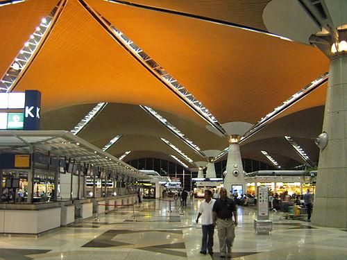 Resultado de imagen para Aeropuerto Internacional Rey Abdulaziz-