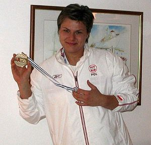 1999 World Youth Championships in Athletics - Kamila Skolimowska won the hammer throw gold for the host nation.