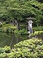 Kenroku-en Kotoji Lantern 6.jpg