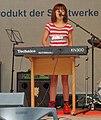 Keyboarderin Schulband 01.jpg