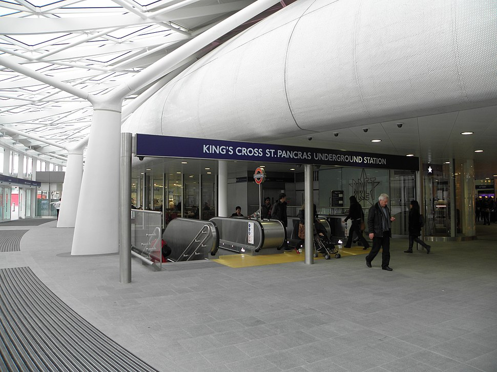 King's Cross St Pancras stn western entrance 2012