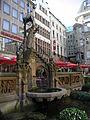 Koeln-Altstadt-Heinzelmaennchenbrunnen-PIC00028.JPG