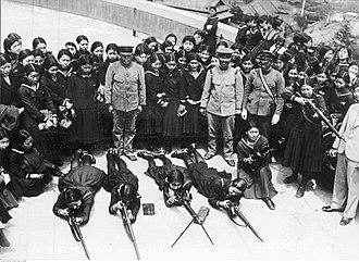 Volunteer Fighting Corps - Female students receive training in gun handling